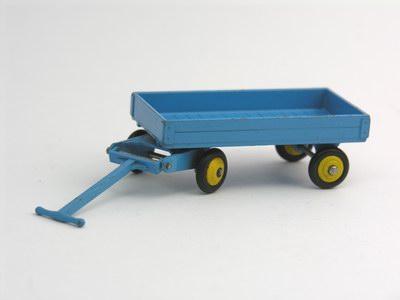 Dinky Toys no.105C_3.JPG
