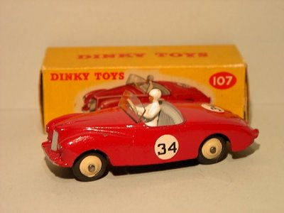Dinky Toys no.107.JPG