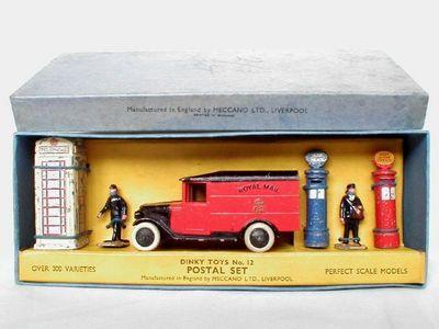 Dinky Toys no.12.JPG