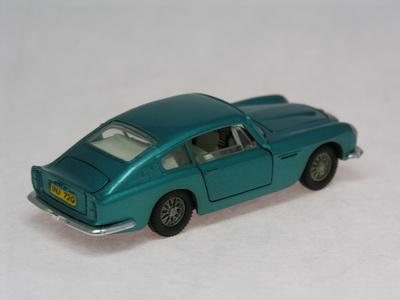 Dinky Toys no.153_DSCN0616a.jpg
