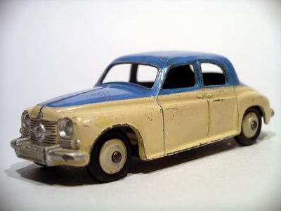 Dinky Toys no.156_1.JPG