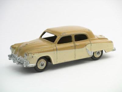 Dinky Toys no.172_1.JPG