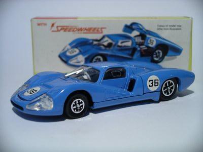 Dinky Toys no.200.JPG