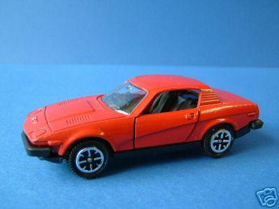 Dinky Toys no.211_5a.jpg