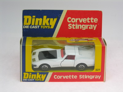 Dinky Toys no.221_DSCN0640a.jpg