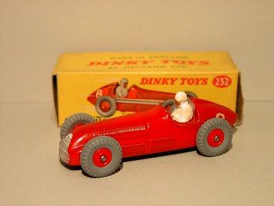 Dinky Toys no.232.JPG