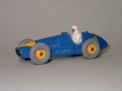 Dinky Toys no.234_1.JPG