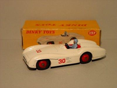 Dinky Toys no.237.JPG