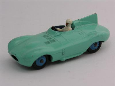 Dinky Toys no.238_3.JPG