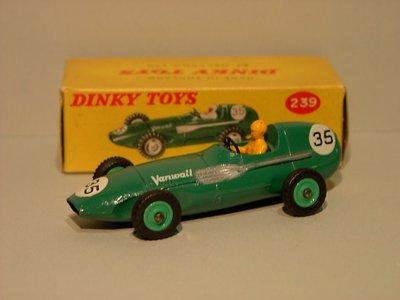 Dinky Toys no.239.JPG