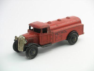 Dinky Toys no.25D_1.JPG