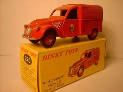 Dinky Toys no.25D_6.JPG
