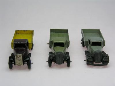 Dinky Toys no.25E_DSCN0370_1.jpg