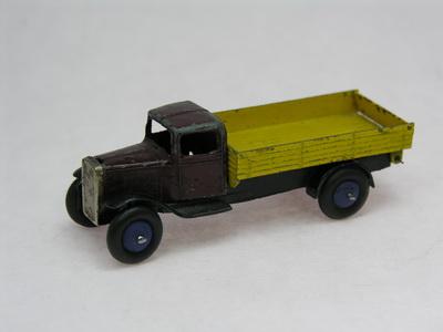 Dinky Toys no.25E_DSCN0377_1.jpg