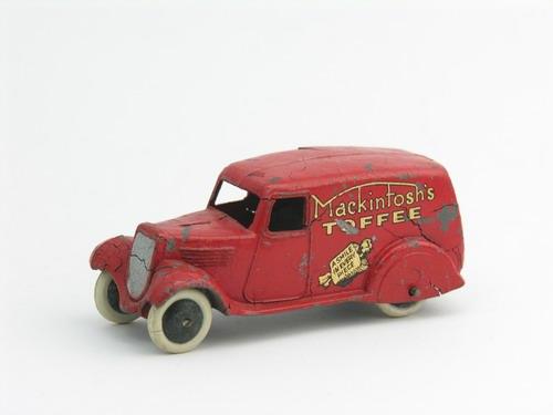 Dinky Toys no.280F_4.JPG