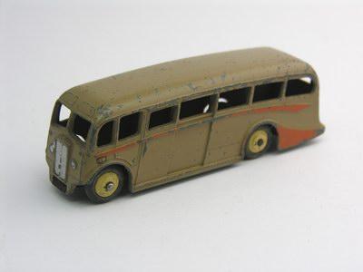 Dinky Toys no.281_3b.JPG