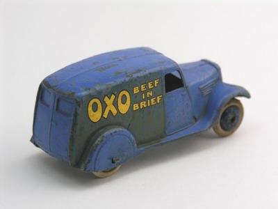 Dinky Toys no.28D_3a.JPG