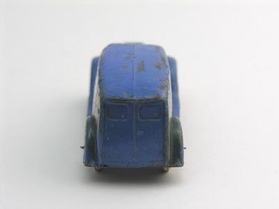 Dinky Toys no.28D_3c.JPG