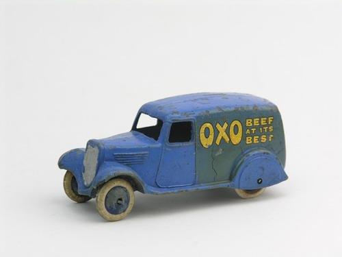 Dinky Toys no.28D_4.JPG