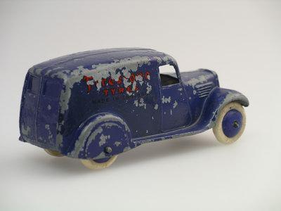 Dinky Toys no.28E_1.JPG