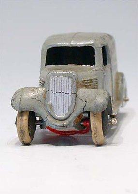Dinky Toys no.28F_6.JPG