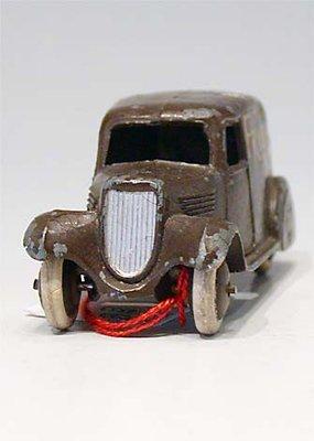 Dinky Toys no.28S_2.JPG