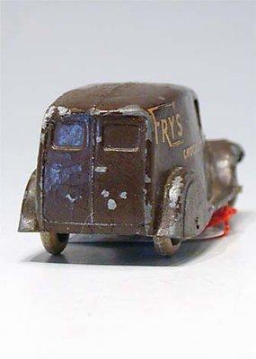 Dinky Toys no.28S_3.JPG