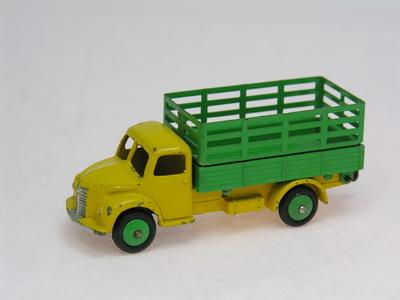 Dinky Toys no.30N_DSCN0271_1.jpg