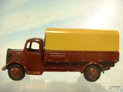 Dinky Toys no.30S.jpg