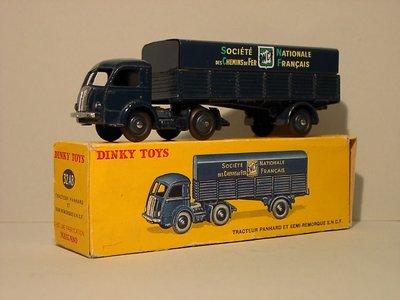 Dinky Toys no.32AB.JPG