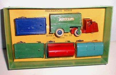 Dinky Toys no.33_1.JPG