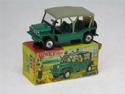 Dinky Toys no.342_DSCN0484a.jpg