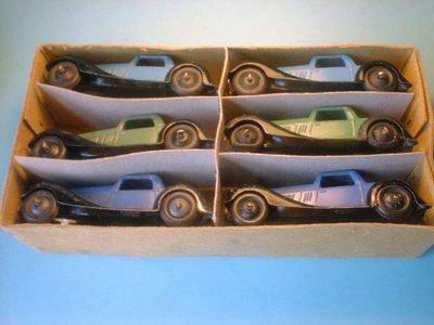 Dinky Toys no.36B_2.JPG