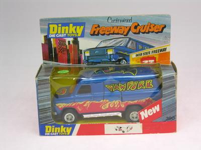 Dinky Toys no.390_DSCN0679a.jpg