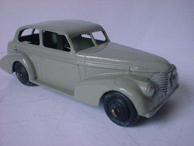 Dinky Toys no.39B.JPG