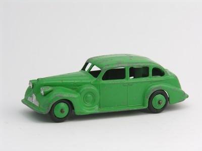 Dinky Toys no.39D_3.JPG