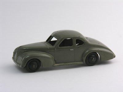 Dinky Toys no.39F.JPG
