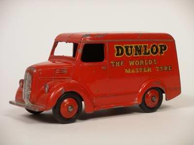 Dinky Toys no.451_2.JPG