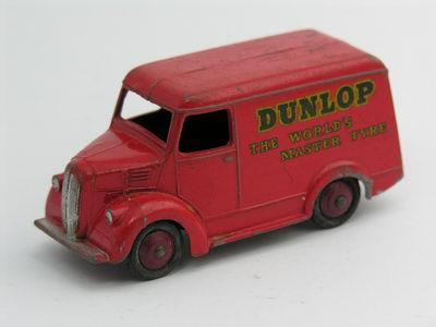 Dinky Toys no.451_3.JPG