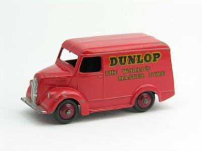 Dinky Toys no.451_4.JPG