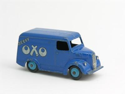 Dinky Toys no.453_1.JPG