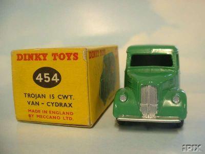 Dinky Toys no.454_2.jpg