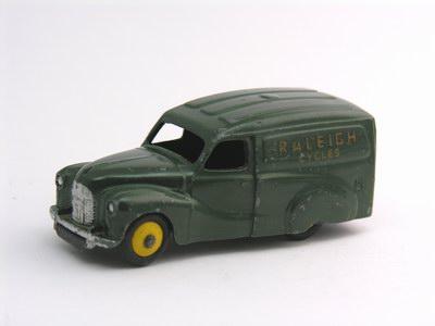 Dinky Toys no.472_3.JPG