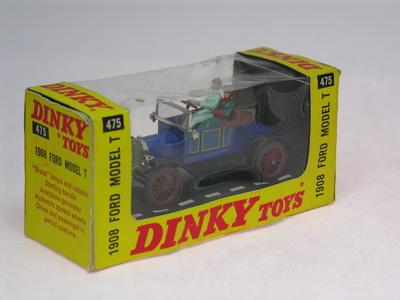 Dinky Toys no.475_DSCN0806a.jpg