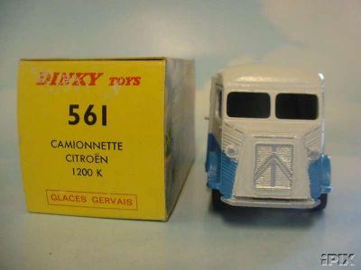 Dinky Toys no.561_3.jpg