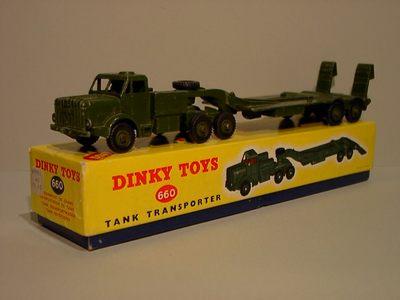 Dinky Toys no.660.JPG