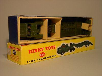 Dinky Toys no.660_1.JPG