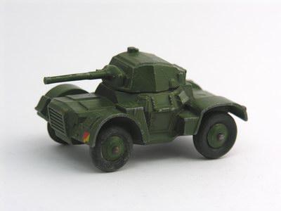 Dinky Toys no.670_3.JPG