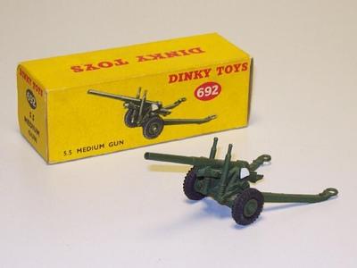 Dinky Toys no.692.JPG