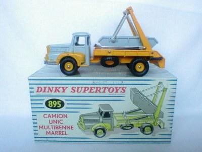 Dinky Toys no.895.JPG